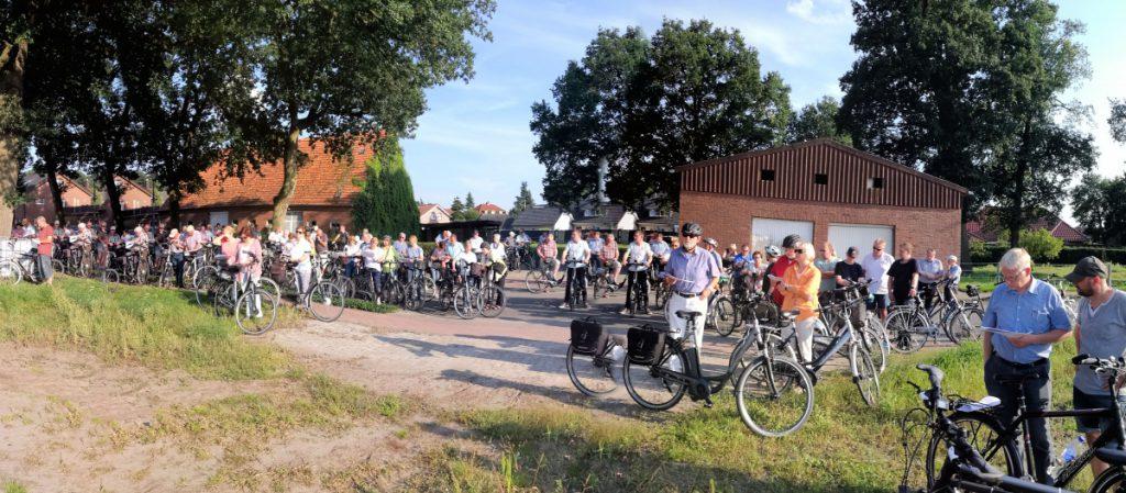 Die interessierten Bürger am Baugebiet Schafweg III