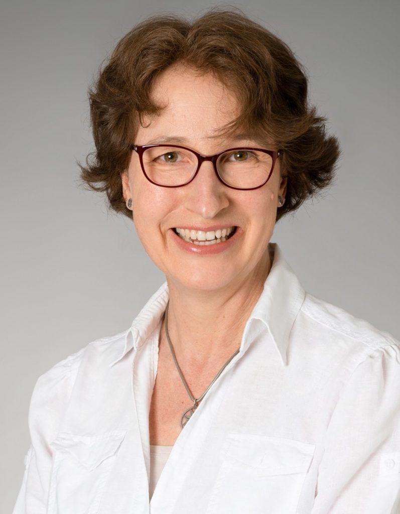 Claudia Schrage